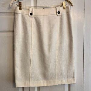 TALBOTS cotton cream pencil skirt size 6